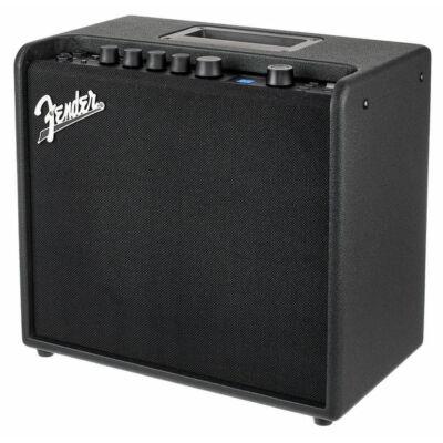 Fender Mustang LT 25 erősítő, gitárkombó 25W
